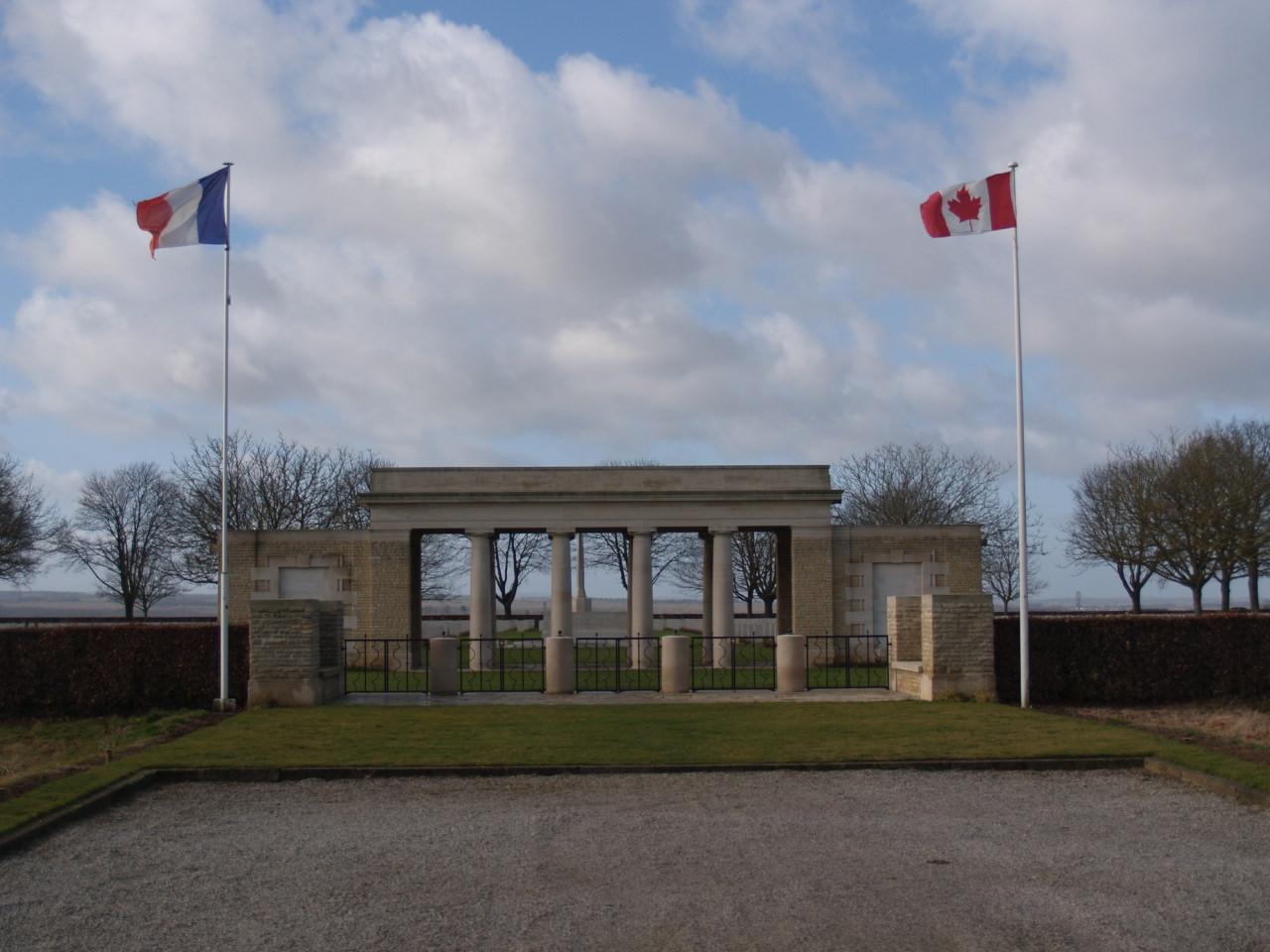 cimetière canadien de cintheaux